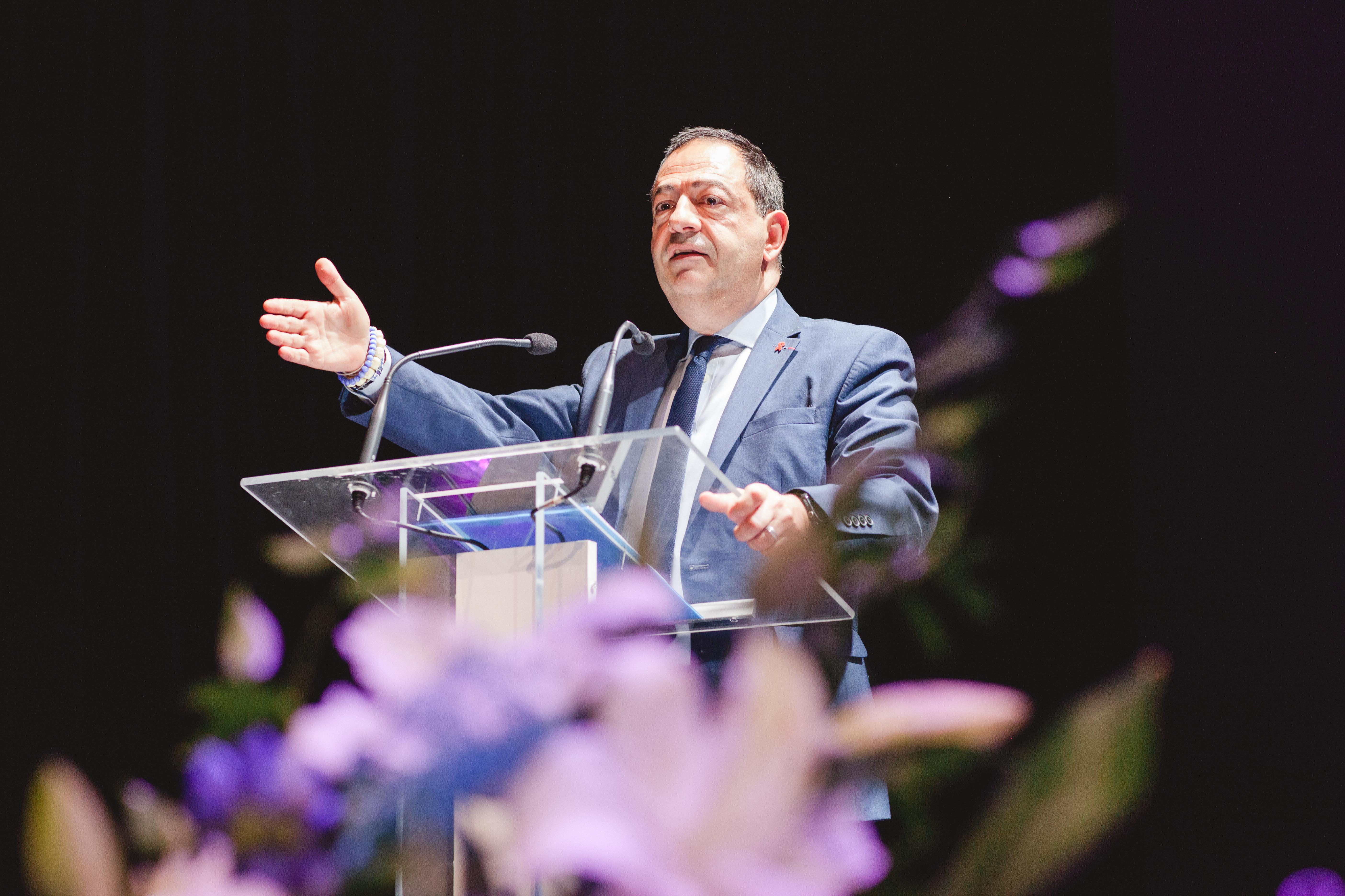 Jean-Luc Romero à Versailles, le 15 mai à 18h