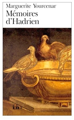 """LIVRE - """"Mémoires d'Hadrien"""", chef d'œuvre de Marguerite Yourcenar à lire, ou à relire..."""