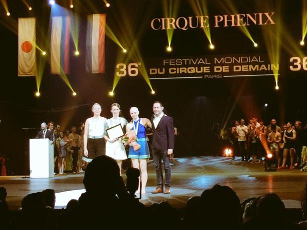 Remise du prix de la ville de Paris au 36ème Festival Mondial du Cirque de Demain au Cirque Phenix