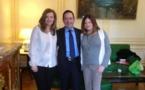 Passionante discussion sur le sida avec Mme Valerie Trierweiler et Mme Charlotte Vallandrey