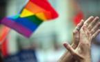 Notre fierté face à leur haine, en mémoire des victimes de la tuerie d'Orlando
